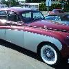 ретро автомобиль    Ягуар Марк IX  бело-рубиновый
