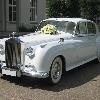 ретро-лимузин   Ролсс-ройс сильвер клауд  белый